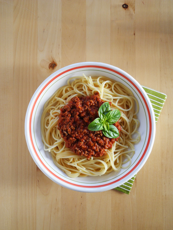 Create Share Love | Simple Bolognese Sauce 6